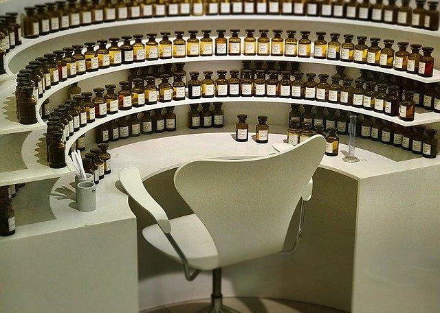 koutek s parfumerií