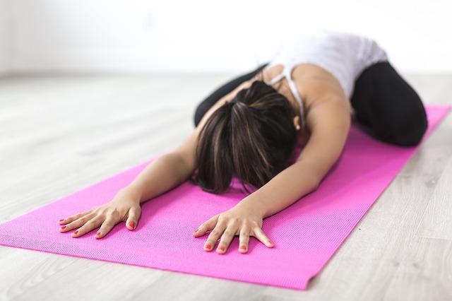 cvičení yogy