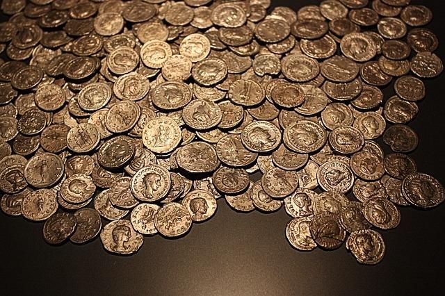 staré zlaté mince